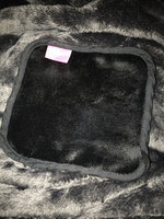 SEPHORA COLLECTION Black Magic Set of 2 Makeup Remover Cloths uploaded by Mari S.