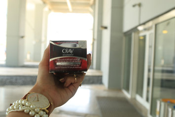 Photo of Olay Regenerist Micro-Sculpting Cream uploaded by Arwa D.