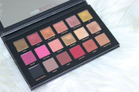 Huda Beauty Rose Gold Palette - Remastered uploaded by Naima N.
