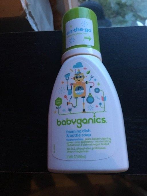 BabyGanics Dish Dazzler Foaming Dish & Bottle Soap - Fragrance Free uploaded by Brittany K.