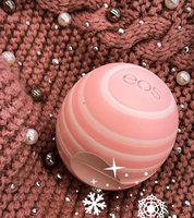 eos™ Visibly Soft Lip Balm Coconut Milk uploaded by Reyna Y.