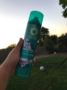 Photo of Herbal Essences Set Me Up Hairspray uploaded by Kym T.