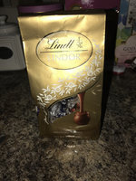 Lindt Lindor Milk Chocolate Truffle uploaded by Nicole