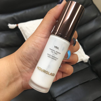 Hourglass Veil Mineral Primer SPF 15 uploaded by Mary C.