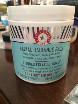 Photo of First Aid Beauty Facial Radiance Pads uploaded by Julie N.