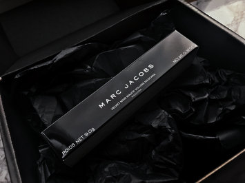 Photo of Marc Jacobs Beauty Velvet Noir Major Volume Mascara uploaded by Autumn E.