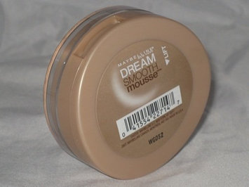 Maybelline Dream Smooth Mousse Foundation uploaded by Leila M.