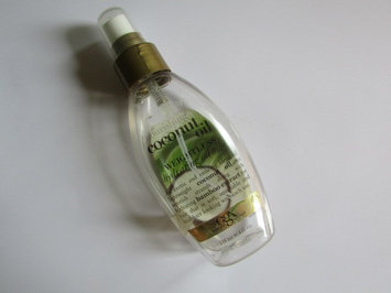 OGX® Coconut Oil Weightless Hydrating Oil Mist uploaded by Beatriz G.