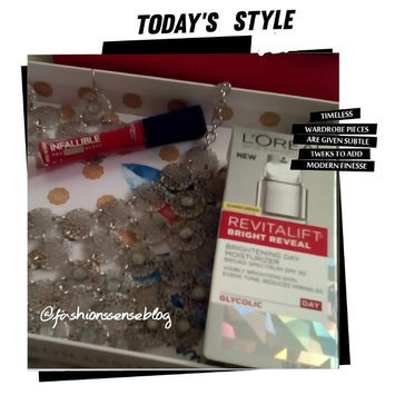 L'Oréal Paris Revitalift Bright Reveal SPF 30 Moisturizer uploaded by ShawnTe P.