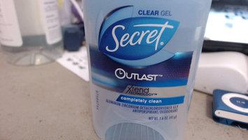 Secret® Outlast Clear Gel Completely Clean uploaded by Iris Y.