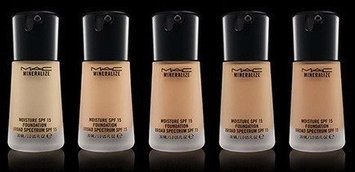 Photo of MAC Mineralize Moisture SPF 15 Foundation, NC37 uploaded by Aura B.
