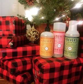 Photo of Mrs. Meyers Mrs. Meyer's - Clean Day Multi-Surface Everyday Cleaner Iowa Pine - 16 oz. Formerly Countertop Spray uploaded by Tayla M.