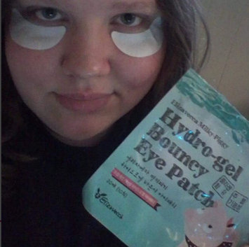 Photo of Elizavecca Milky Piggy Hydro Gel Bouncy Eye Patch 20pcs 20patches uploaded by Danielle B.