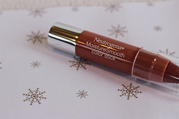 Neutrogena MoistureSmooth Color Stick uploaded by Natalie L.