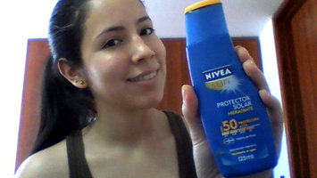 Photo of NIVEA Sun SPF 20 Sunscreen Water resistant Lotion uploaded by Alejandra M.