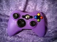 Microsoft Xbox 360 Wireless Controller - Black (Xbox 360) uploaded by Atasia B.