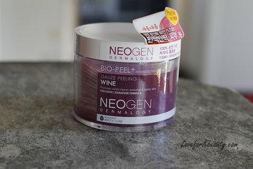 Neogen Bio-Peel Gauze Peeling Wine uploaded by Therese S.