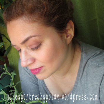 Hourglass Veil Mineral Primer SPF 15 uploaded by dawn m.