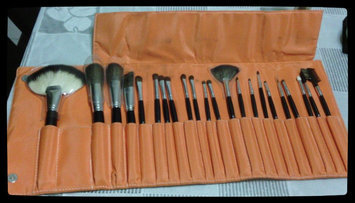 Photo of Shany Cosmetics Shany NY Collection 22-piece Goat and Sable Makeup Brush Kit uploaded by Gabriela A.