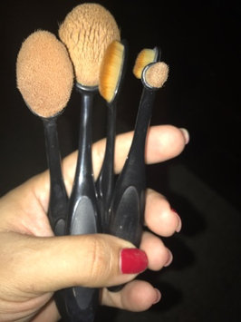 KINGMAS® Oval Makeup Brush Cosmetic Foundation Cream Powder Blush Makeup Tool uploaded by Julia V.