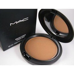 Photo of Mac Bronzing Powder uploaded by Sadhana B.