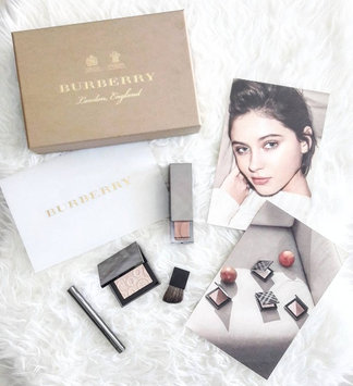 Photo of BURBERRY Fresh Glow Highlighter uploaded by Camila V.