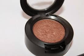 MAC Cosmetics Eye Shadow uploaded by Nallely R.