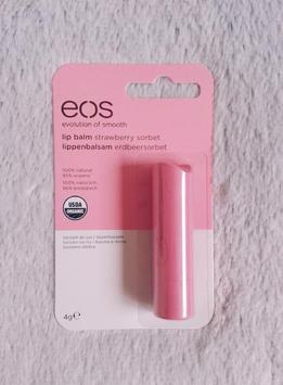 eos® Smooth Stick Organic Lip Balm uploaded by Victoria B.
