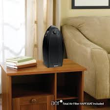 Photo of Holmes Mini Tower Air Purifier - Black uploaded by Jéssica S.