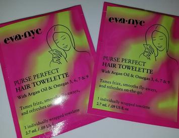 Eva NYC Purse Perfect Hair Towelettes uploaded by Maritza b.