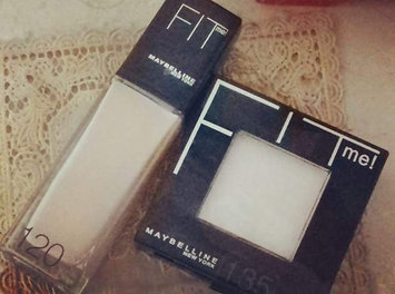 Maybelline Fit Me! Set + Smooth Pressed Powder uploaded by Omaima B.