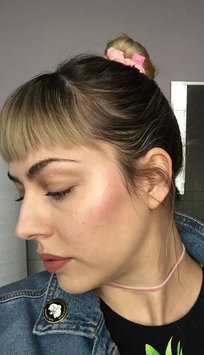 Photo of Glossier Haloscope Highlighter uploaded by Jessica B.