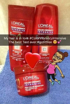 Photo of L'Oréal Paris Hair Expert Color Vibrancy Intensive Conditioner uploaded by Maria Gabriela R.