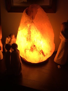 WBM # 1004 Natural Air Purifying Himalayan Salt Lamp With Neem Wood uploaded by Jamie Lee P.