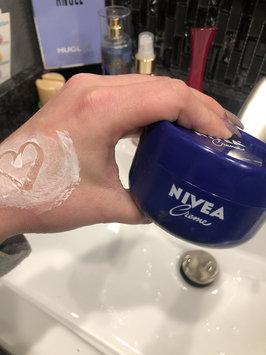 Photo of NIVEA Creme uploaded by Vanessa W.