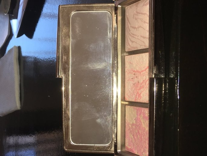 Hourglass Ambient Lighting Blush Palette uploaded by Isela V.