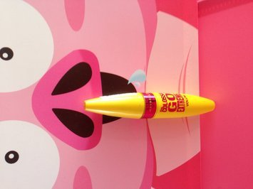 Maybelline New York Volum' Express The Colossal Washable Mascara uploaded by Vanessa G.