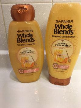 Garnier® Whole Blends™ Honey Treasures Repairing Shampoo uploaded by Cata j.