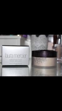 Laura Mercier Translucent Loose Setting Powder uploaded by melanie p.