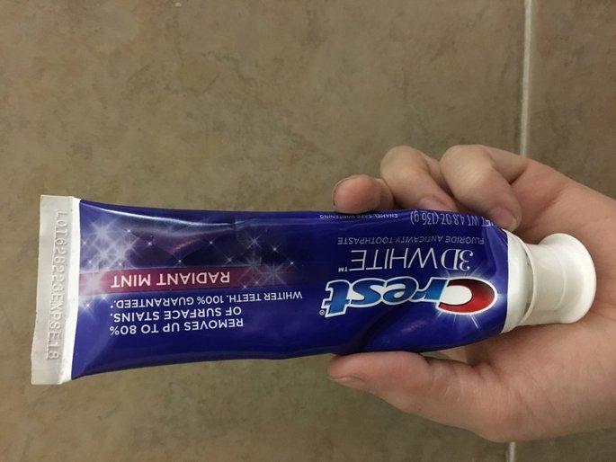 Crest 3D White Whitening Toothpaste Radiant Mint uploaded by Jenna B.