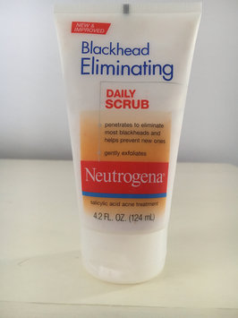 Photo of Neutrogena® Blackhead Eliminating Daily Scrub uploaded by Reina L.