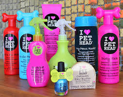 Photo of Pet Head Dirty Talk Deodorizing Shampoo uploaded by Jéssica S.