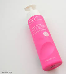 Photo of eos Ultra Moisturizing Shave Cream uploaded by ines l.