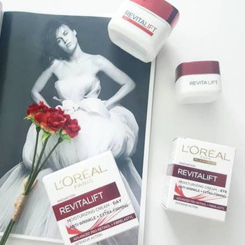 Photo of L'Oréal Paris RevitaLift Anti-Wrinkle + Firming Day Cream SPF 18 uploaded by Sarah S.