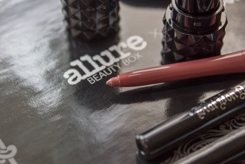 Photo of Kat Von D Everlasting Lip Liner uploaded by Kateryna P.