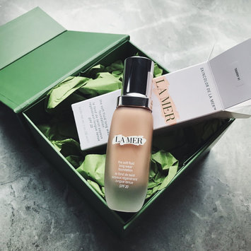 Photo of La Mer The Soft Fluid Long Wear Foundation SPF 20 uploaded by Destiny C.