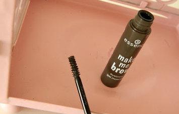 Essence Make Me Brow Eyebrow Gel Mascara uploaded by Katherine E.
