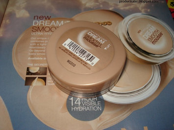 Maybelline Dream Smooth Mousse Foundation uploaded by Fiamma R.