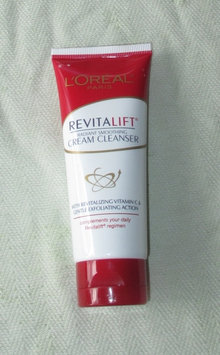 Photo of L'Oréal Paris RevitaLift® Radiant Smoothing Cream Cleanser uploaded by Gabriela A.