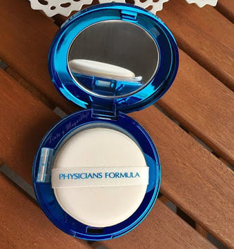 Physicians Formula® Mineral Wear® Talc-Free All-in-1 Cushion Foundation Light 6656 0.47 fl. oz. Box uploaded by Katherine E.